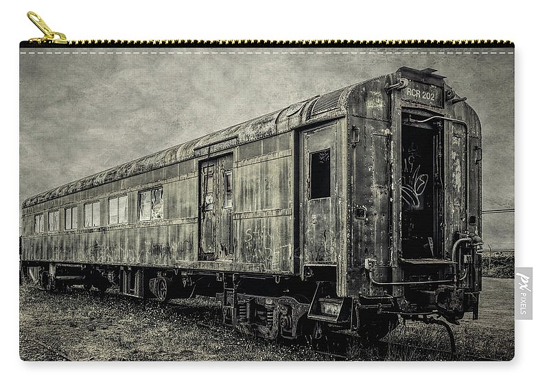 Railroad Carry-all Pouch featuring the photograph Rusting Passenger Car Ft Bragg by Garry Gay