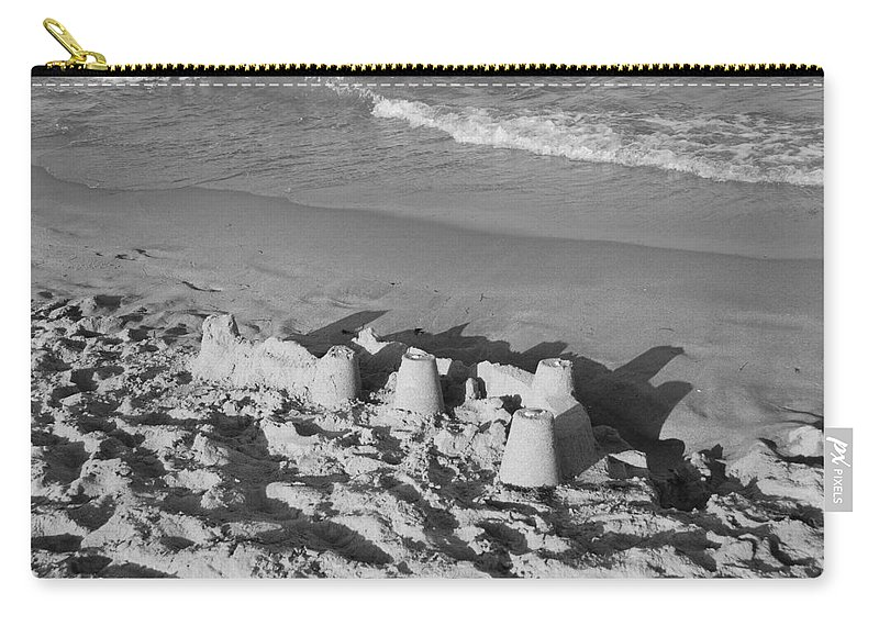 Sea Scape Carry-all Pouch featuring the photograph Sand Castles By The Shore by Rob Hans