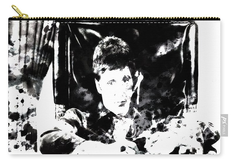 Scarface Carry-all Pouch featuring the painting Scarface Reflects by Brian Reaves