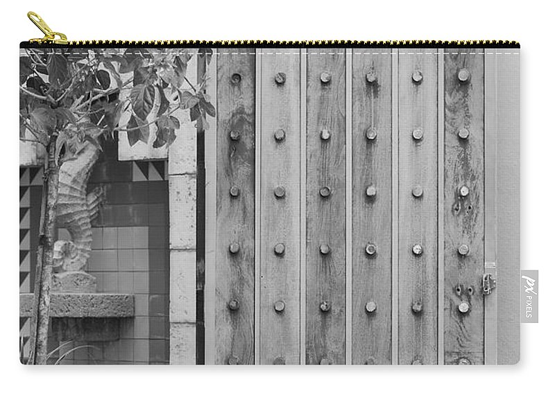 Black And White Carry-all Pouch featuring the photograph Sea Horse Gate by Rob Hans