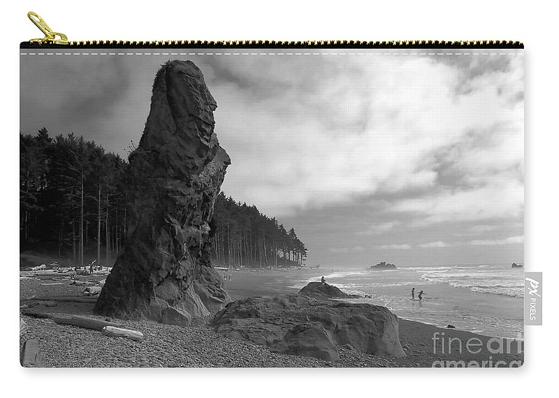 Sea Stack Carry-all Pouch featuring the photograph Sea Stack by David Lee Thompson