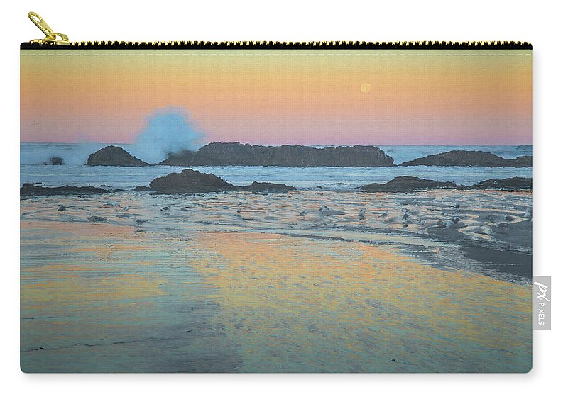 Birds Carry-all Pouch featuring the photograph Seal Rock Moonset by Michael Balen