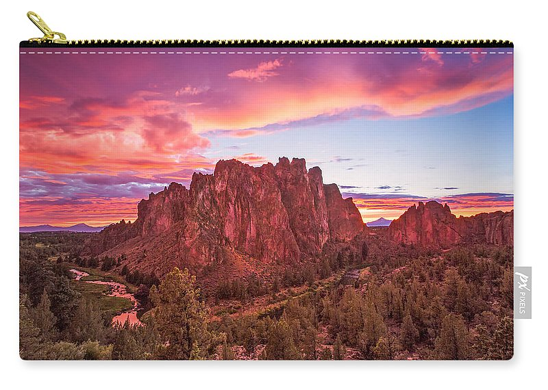 Bend Carry-all Pouch featuring the photograph Smith Rock Sunset by Patricia Davidson