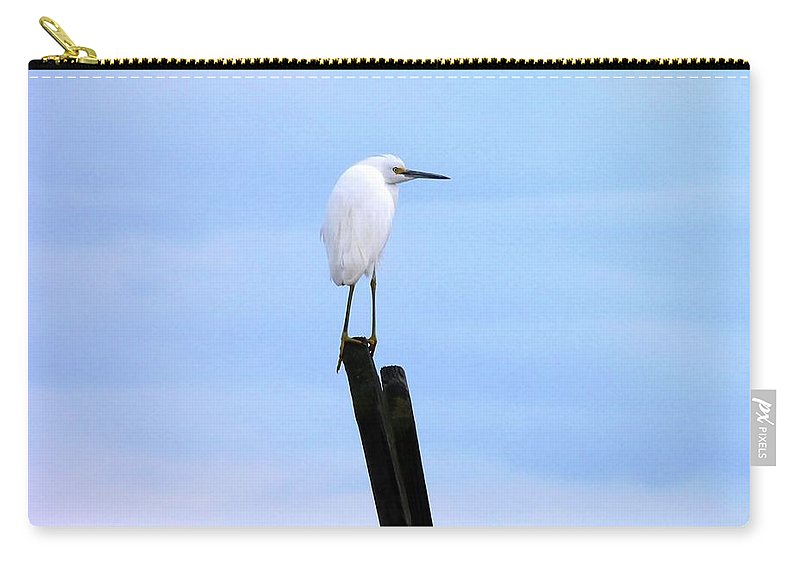 Snowy Egret Carry-all Pouch featuring the photograph Snowy Egret On Post by Al Powell Photography USA
