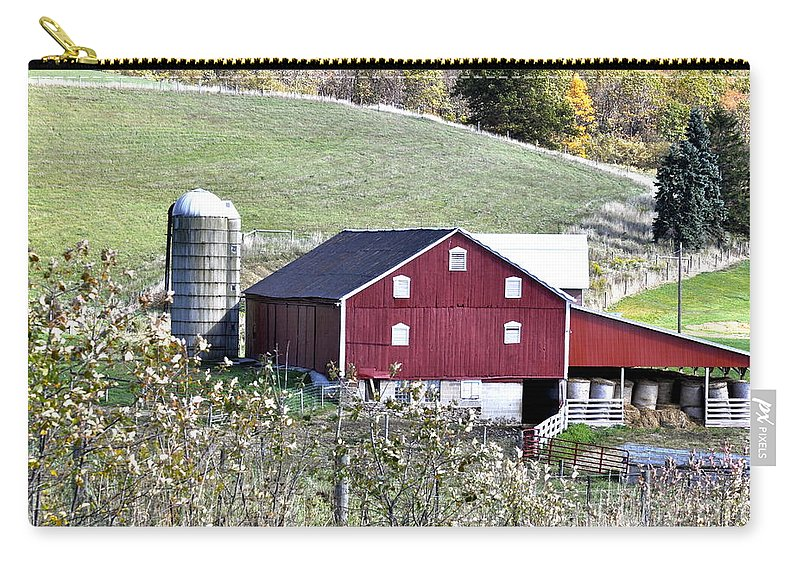 Farm Carry-all Pouch featuring the photograph Somerset County Farm by Penny Neimiller