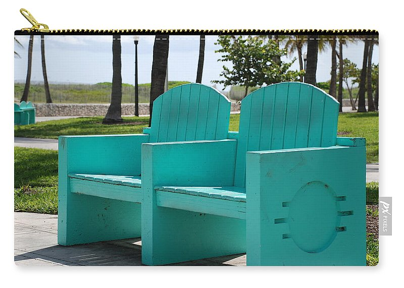 Art Deco Carry-all Pouch featuring the photograph South Beach Bench by Rob Hans