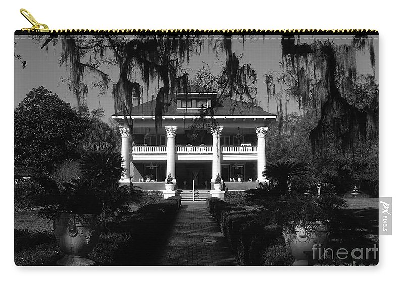 Old South Carry-all Pouch featuring the photograph Southern Bell by David Lee Thompson