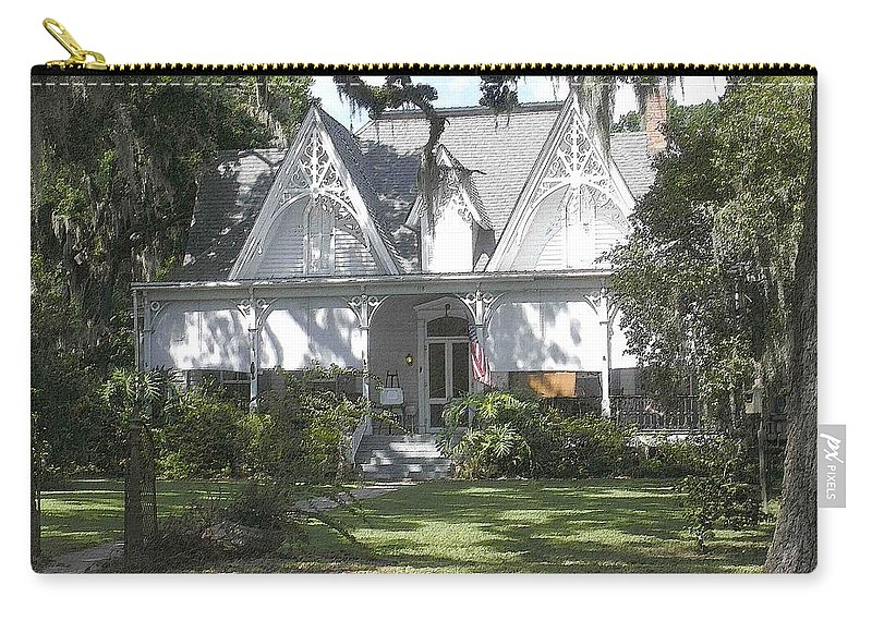 St. Francisville Carry-all Pouch featuring the photograph Southern Comfort by Nelson Strong
