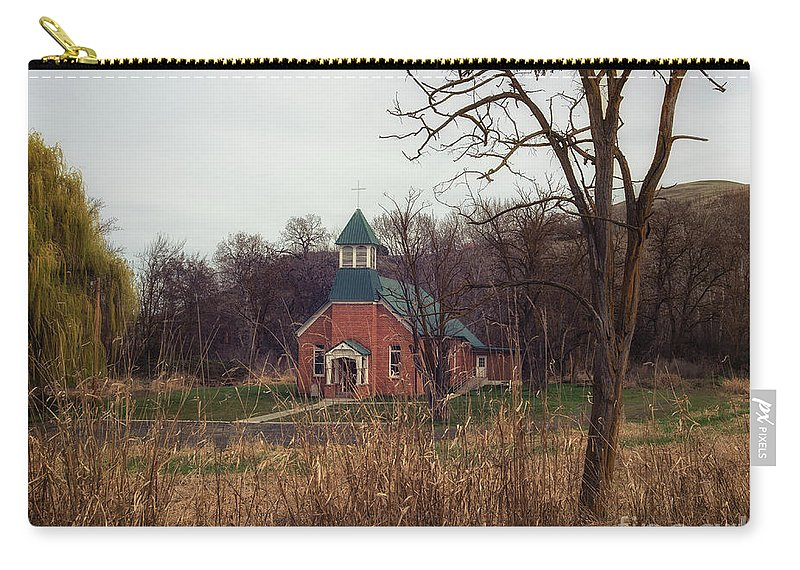 Carry-all Pouch featuring the photograph Spaulding Church by Marcia Darby