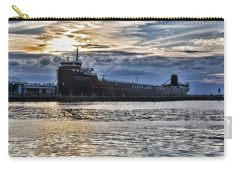 Steamship Carry-all Pouch featuring the photograph Steamship William G. Mather - 1 by Mark Madere
