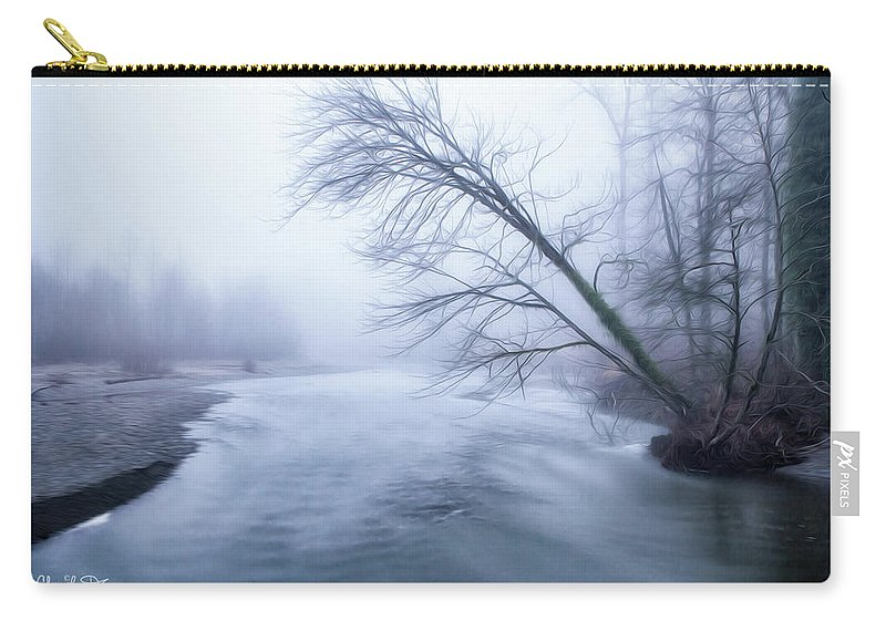 Tree Carry-all Pouch featuring the photograph Still Holding On by Charlie Duncan