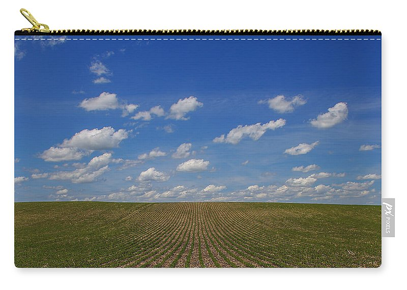 Soybeans Carry-all Pouch featuring the photograph Stretching To The Horizon by Peter Bouman