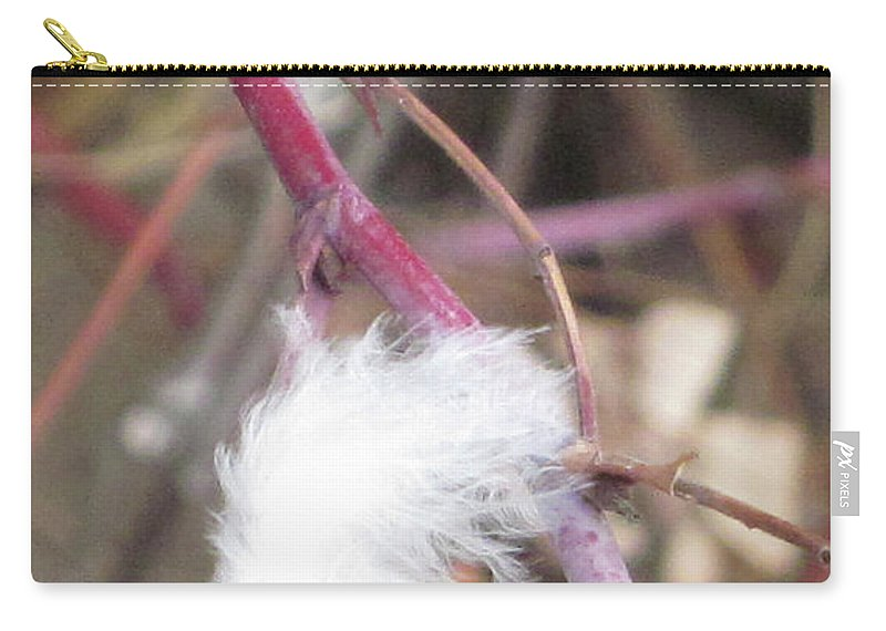 Feather Carry-all Pouch featuring the photograph Stuck by Angus Hooper Iii