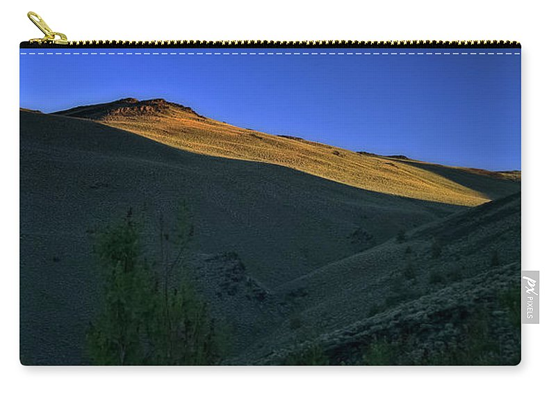 Sunrise Carry-all Pouch featuring the photograph Sun-up by Albert Seger