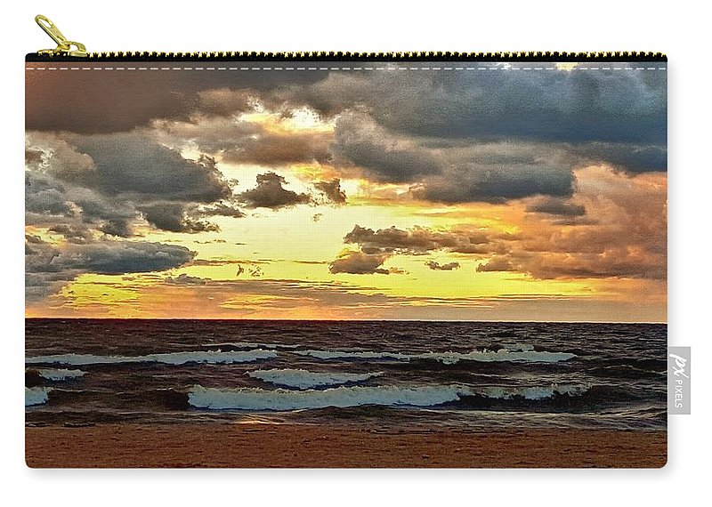 Ocean Carry-all Pouch featuring the photograph Sundown by Dani McEvoy