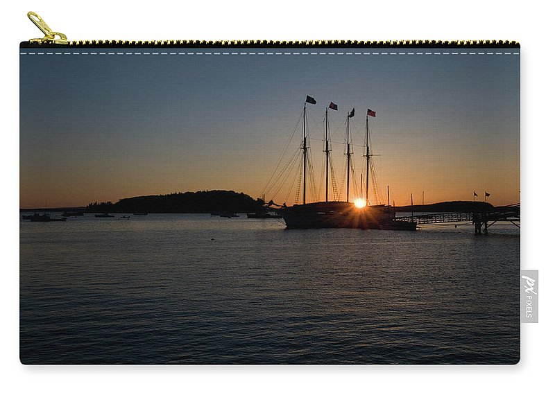 bar Harbor Carry-all Pouch featuring the photograph Sunrise In Bar Harbor by Paul Mangold
