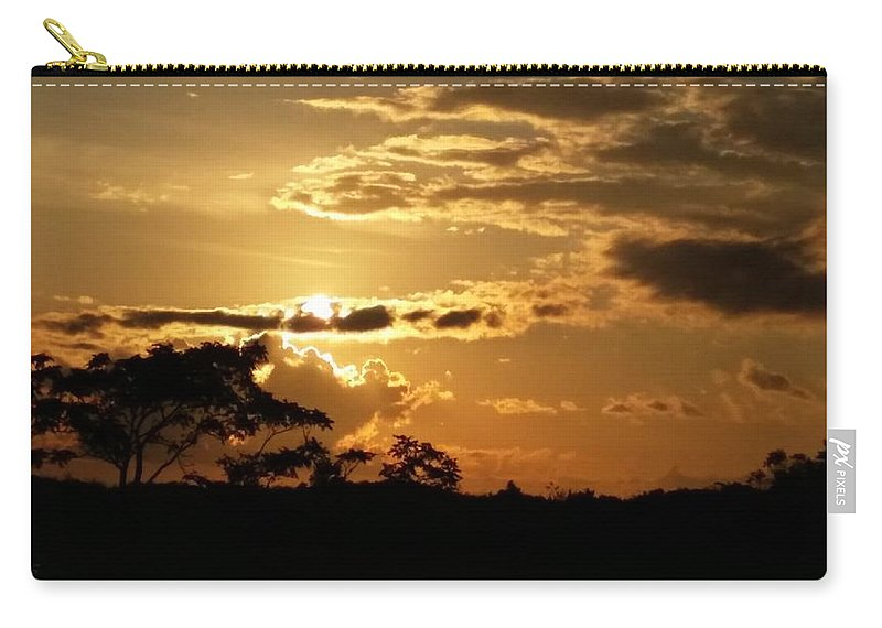 Sunrise Carry-all Pouch featuring the photograph Sunrise Over Fort Salonga5 by Rob Hans