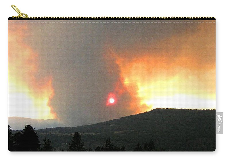 Forest Fire Carry-all Pouch featuring the photograph Terrace Mountain Fire 3 by Will Borden