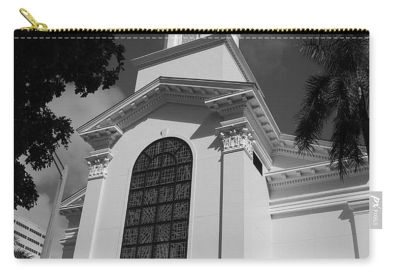 Architecture Carry-all Pouch featuring the photograph Thats Church by Rob Hans
