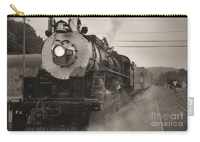 Trains Carry-all Pouch featuring the photograph The 1702 At Dillsboro by Richard Rizzo