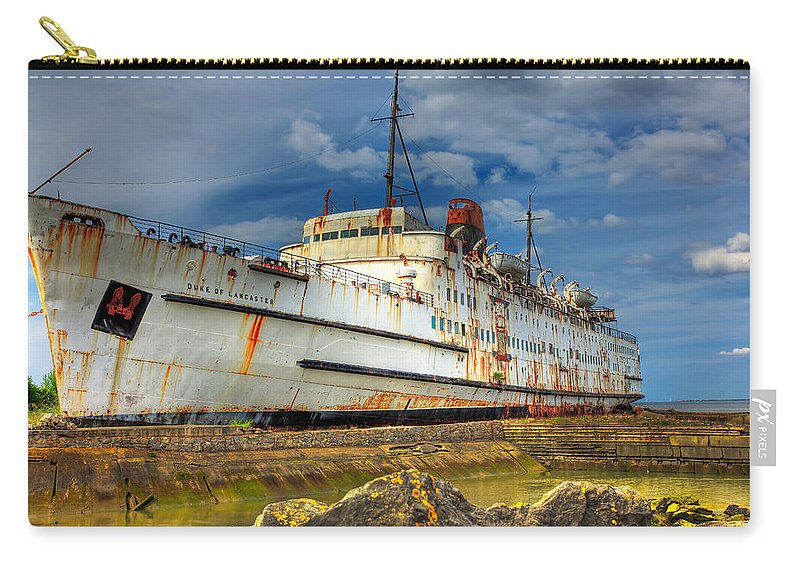 Hdr Carry-all Pouch featuring the photograph The Duke by Adrian Evans
