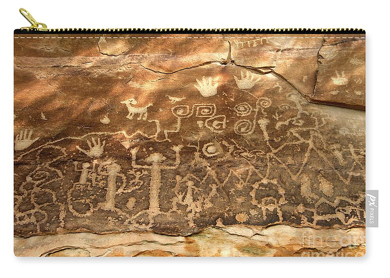 Anasazi Carry-all Pouch featuring the photograph The Great Panel by David Lee Thompson