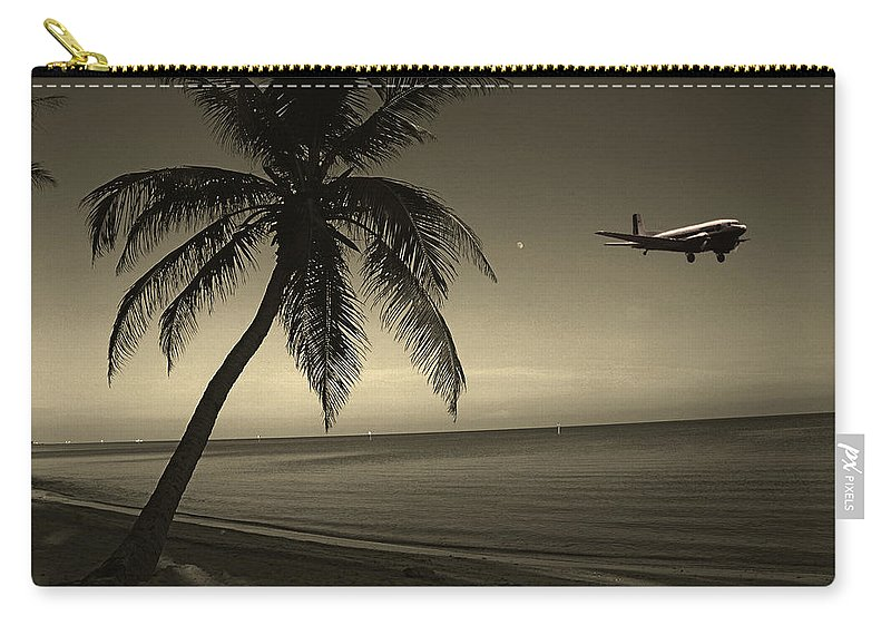 Palm Carry-all Pouch featuring the photograph The Last Flight Out by Susanne Van Hulst