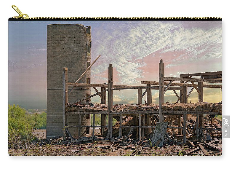 Barn Carry-all Pouch featuring the photograph The Old Farm by Maria Dryfhout
