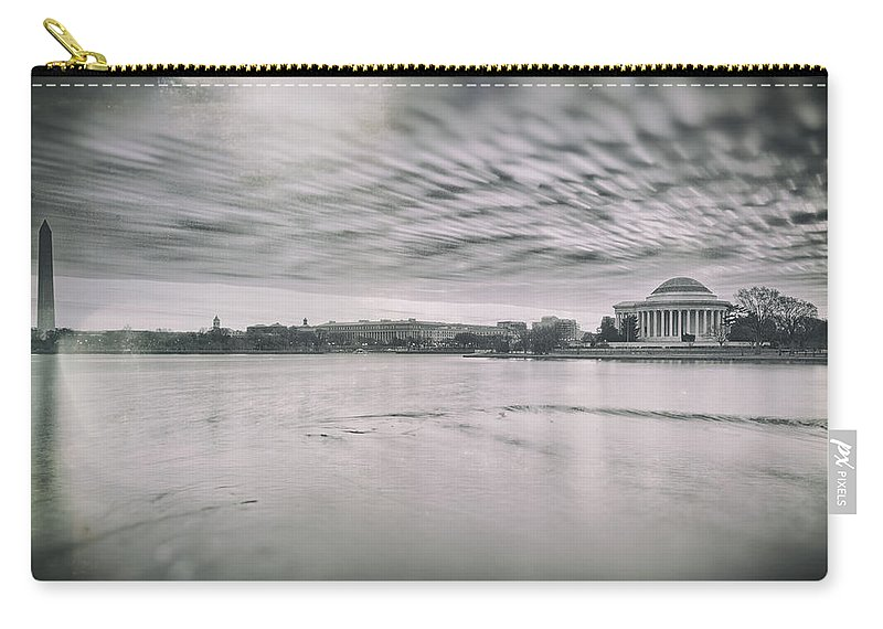 Vinatage Carry-all Pouch featuring the photograph The Trump State by Edward Kreis