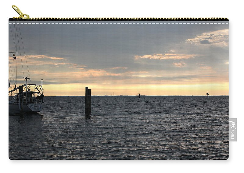 Thomas Carry-all Pouch featuring the photograph Thomas Point - The Morning Sun Over The Bay by Ronald Reid
