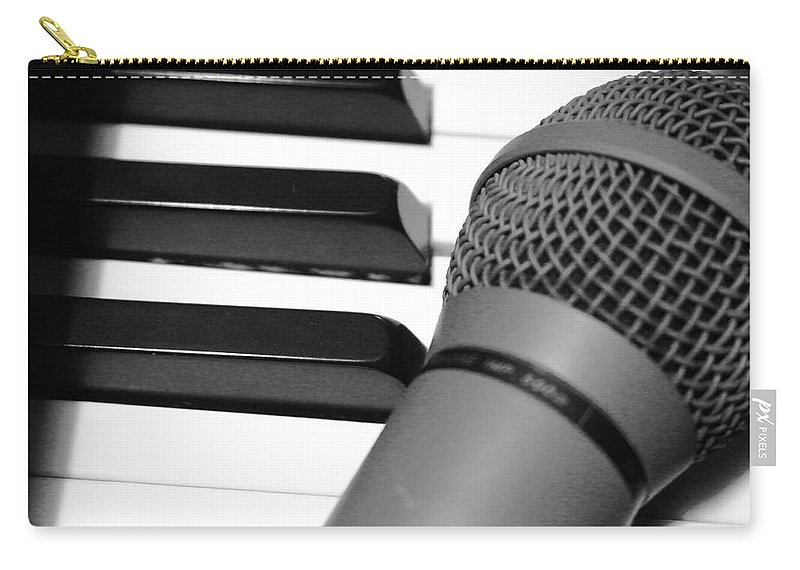 Piano Carry-all Pouch featuring the photograph Time For Song by Beth Deitrick