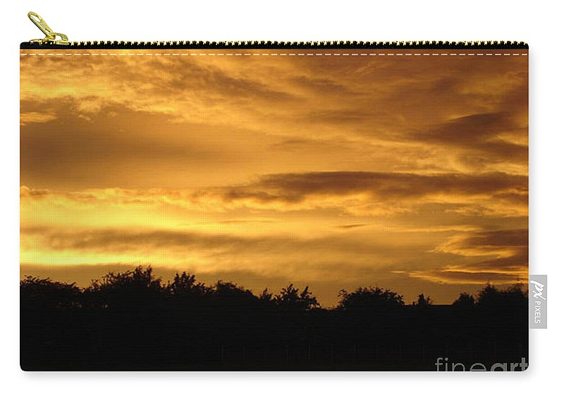 Sunset Carry-all Pouch featuring the photograph Toffee Sunset by Carol Lynch