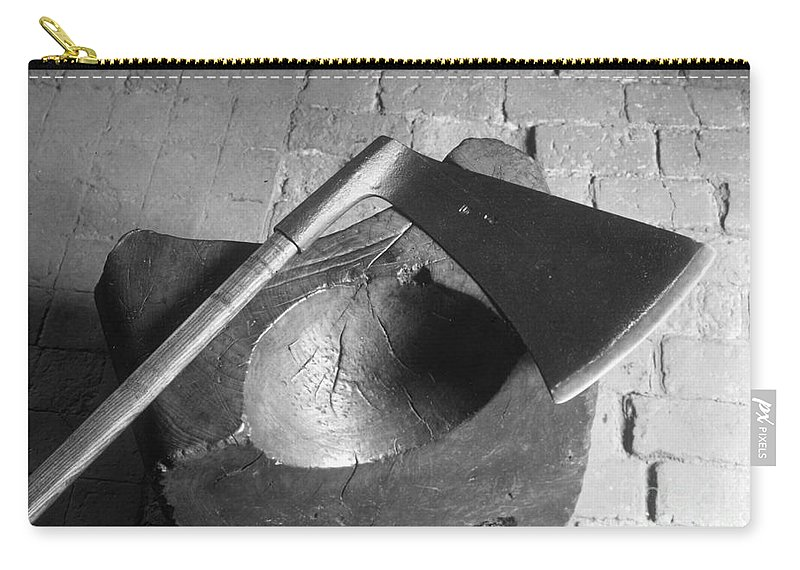 1542 Carry-all Pouch featuring the photograph Tower: Execution Block by Granger