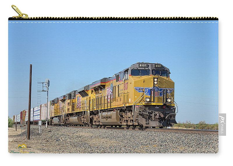 Freight Trains Carry-all Pouch featuring the photograph Up8107 by Jim Thompson