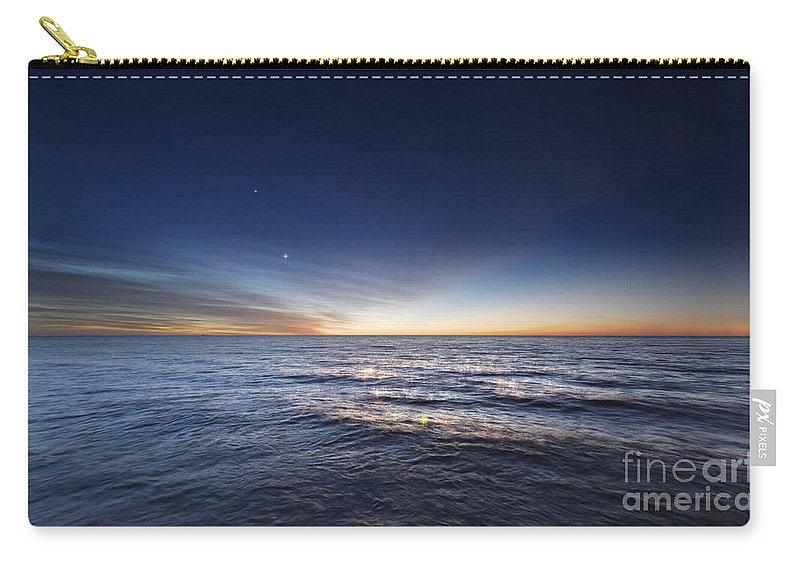 Argentina Carry-all Pouch featuring the photograph Venus And Jupiter In Conjunction by Luis Argerich