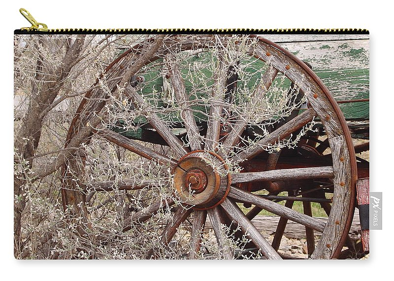Wagon Carry-all Pouch featuring the photograph Wagon Wheel by Robert Frederick