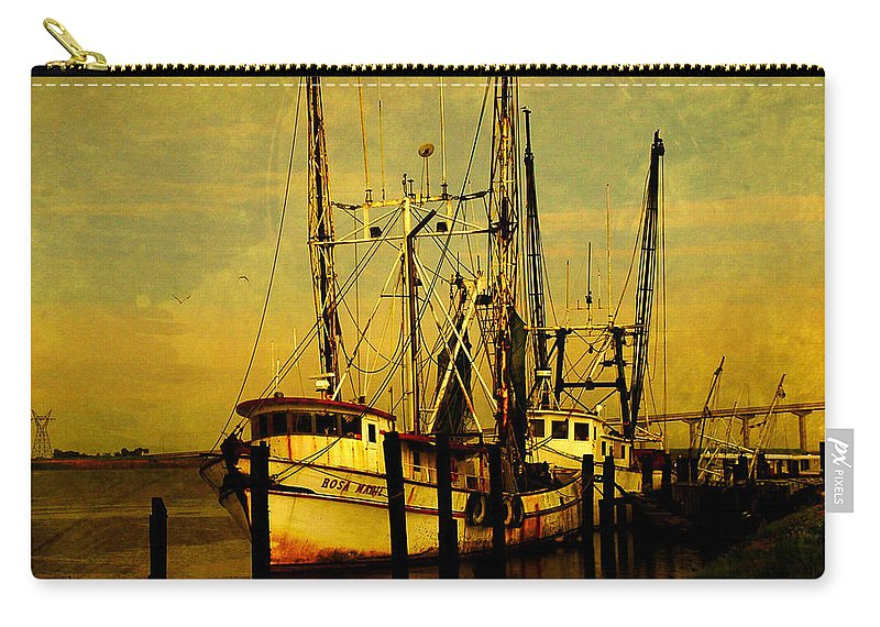 Rosa Marie Carry-all Pouch featuring the photograph Waiting For Tomorrow by Susanne Van Hulst