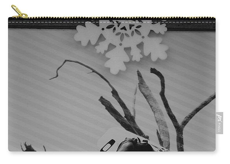 Snow Flake Carry-all Pouch featuring the photograph Wall Surfing With A Snow Flake by Rob Hans