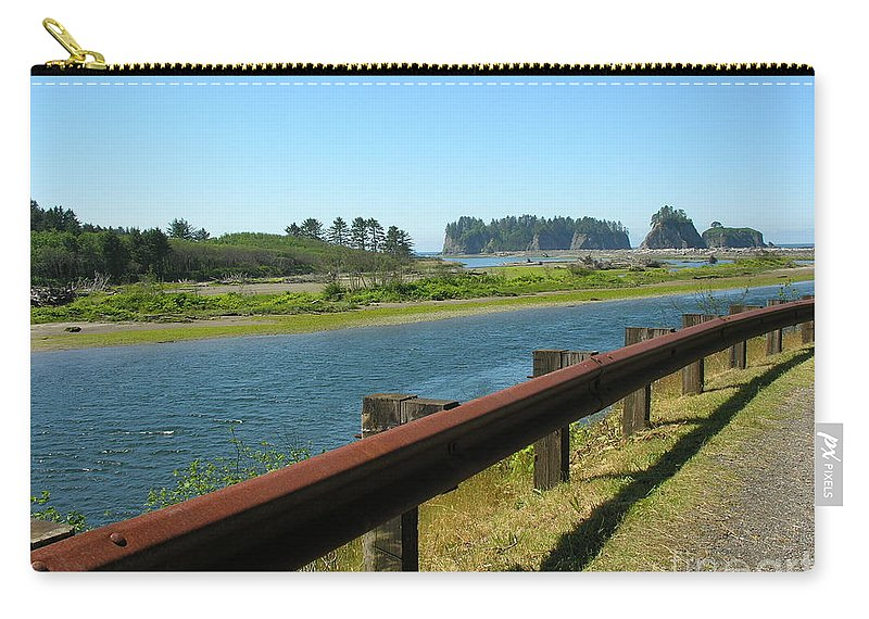 Washington Coast Carry-all Pouch featuring the photograph Washington Coast by Diane Greco-Lesser