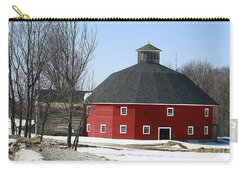 Barn Carry-all Pouch featuring the photograph Welch Round Barn by Deborah Benoit