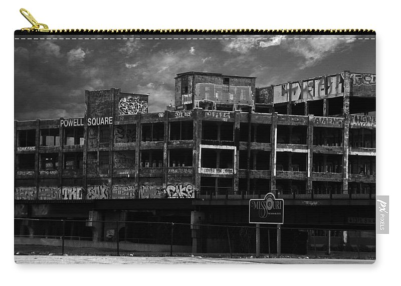 Missouri Carry-all Pouch featuring the photograph Welcome To Missouri by Anthony Jones