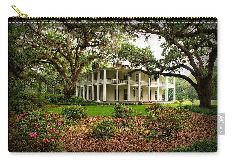 Eden State Park Carry-all Pouch featuring the photograph Wesley House by Sandy Keeton