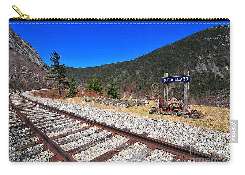 New Hampshire Carry-all Pouch featuring the photograph Where Hattie Lived by Catherine Reusch Daley