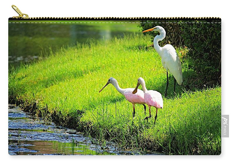 Egret Carry-all Pouch featuring the photograph White Egret And Roseate Spoonbills by Vicki Dreher