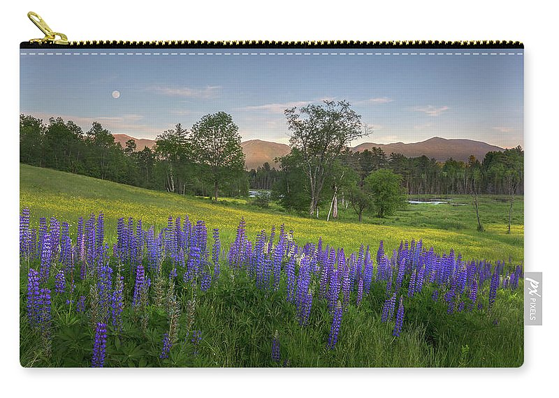 Sugar Hill Carry-all Pouch featuring the photograph White Mountain Sunset by Bill Wakeley