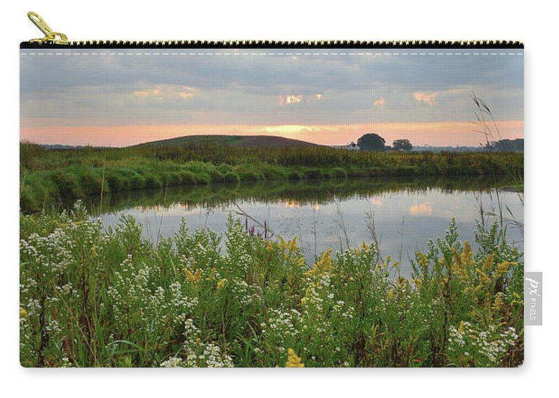 Glacial Park Carry-all Pouch featuring the photograph Wildflowers Along Nippersink Creek In Hackmatack Nwr by Ray Mathis