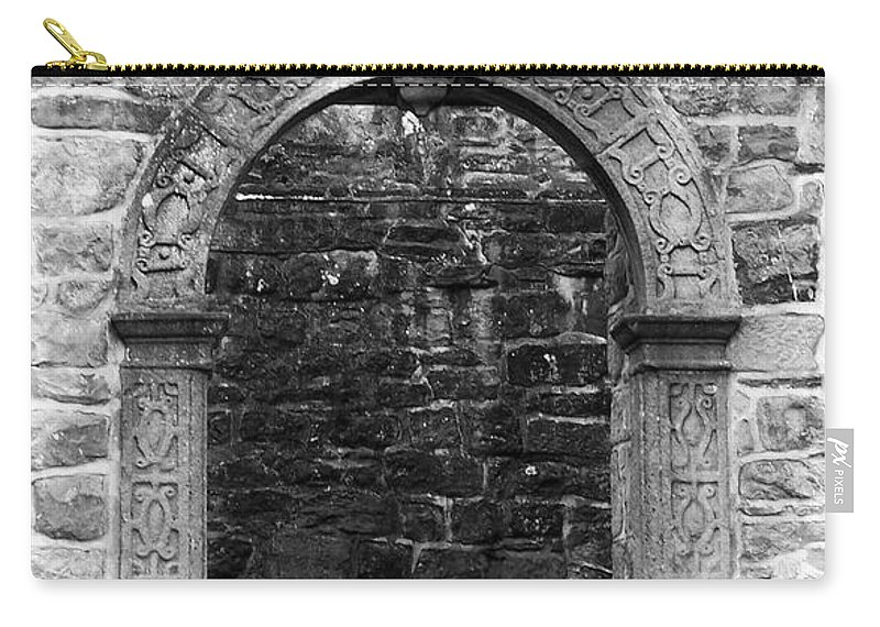 Irish Carry-all Pouch featuring the photograph Window At Donegal Castle Ireland by Teresa Mucha