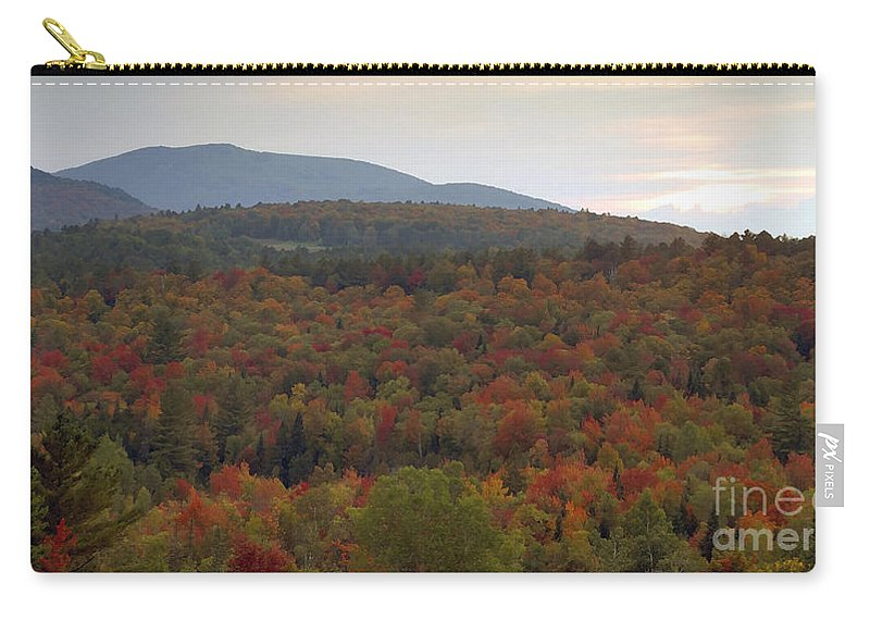Fall Carry-all Pouch featuring the photograph Winters Approach by David Lee Thompson