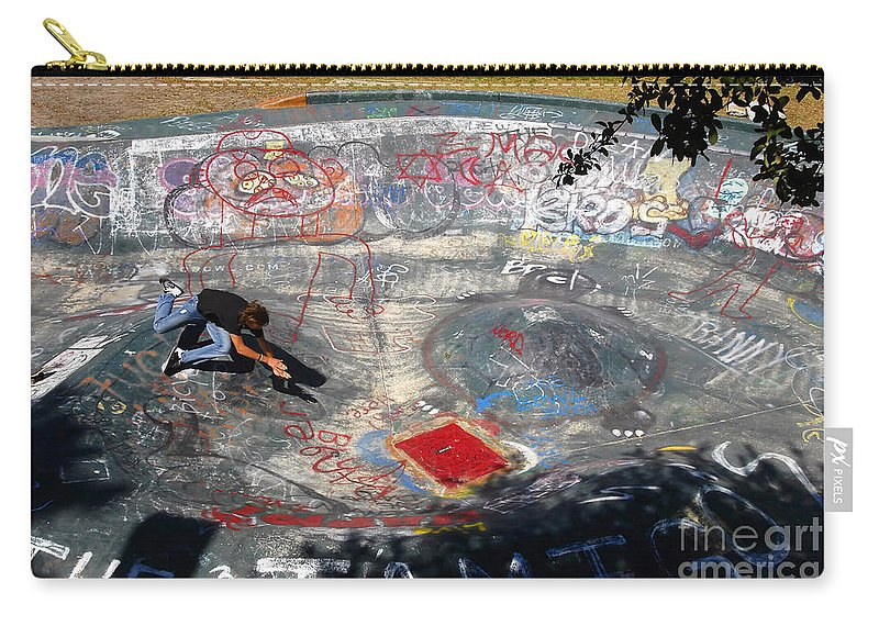Falling Carry-all Pouch featuring the photograph Wipe-out by David Lee Thompson
