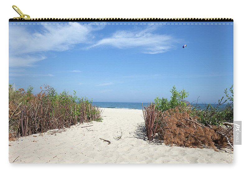 Wladyslawowo Carry-all Pouch featuring the photograph Wladyslawowo White Sand Beach At Baltic Sea by Artur Bogacki